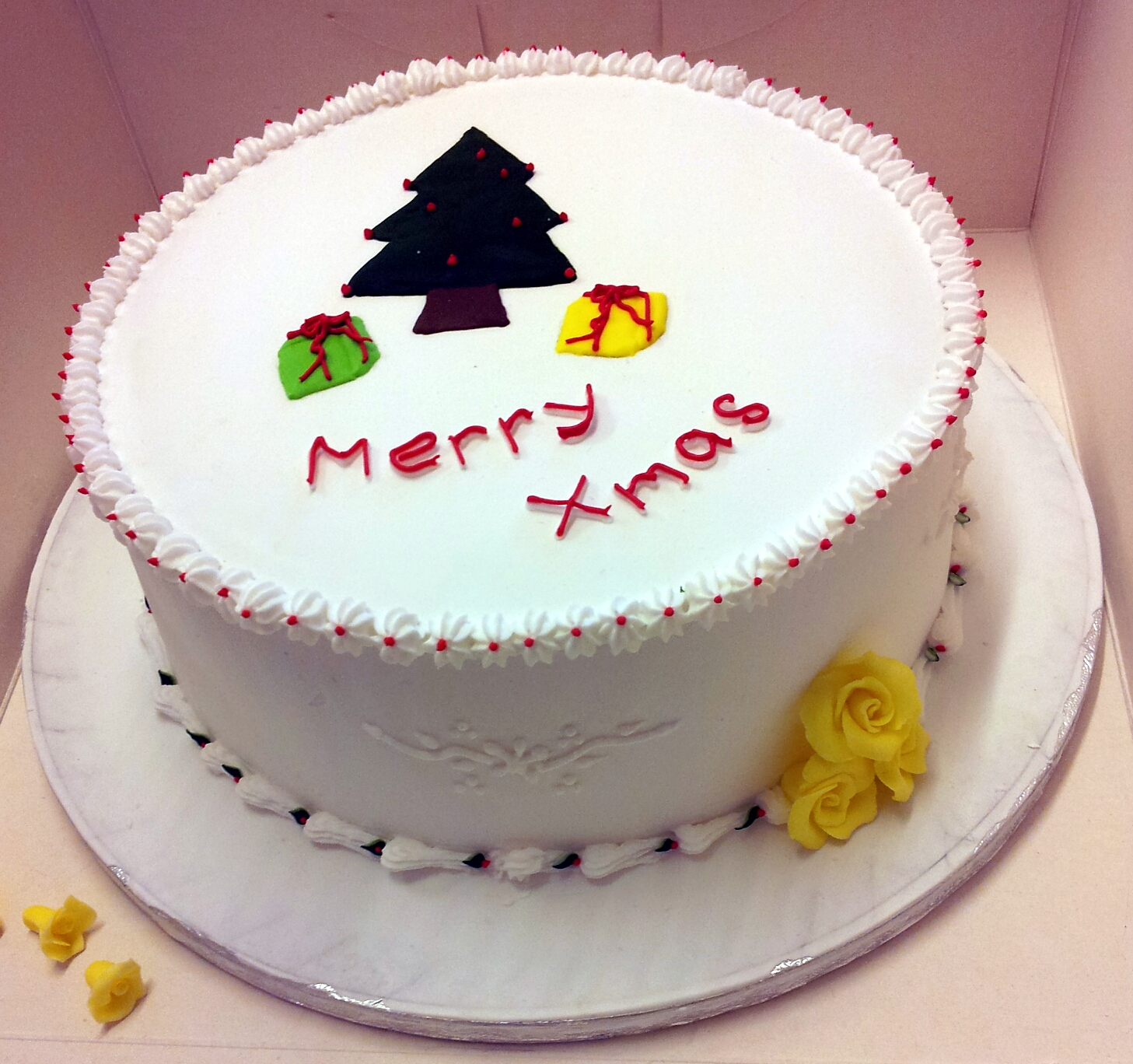 Cake Decorating Class Hk : Final Cake Decorating class & Birthday Cake! Fozia