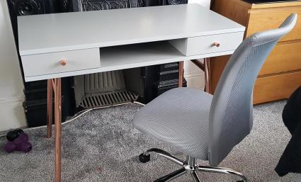 desk_crop
